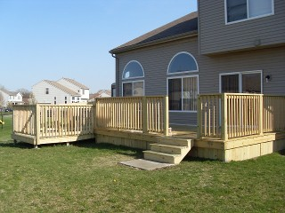 Deck with Wheelchair Ramp